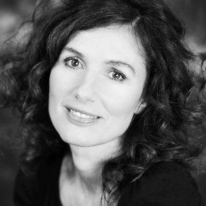 Speaker - Maria Blumencron